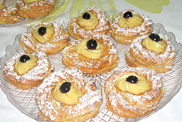 Zeppole Of San Giuseppe Is A Typical Dessert Of Fathers Day On The 19th Of March San Joseph Feast A Simple Circular Puff Dough With A Cavity In The