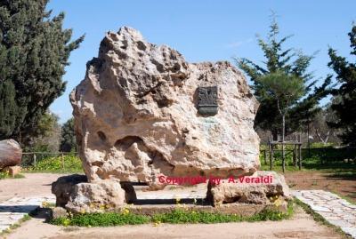 Pirandello monumental tomb