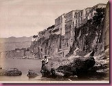 780px-Sommer,_Giorgio_(1834-1914)_-_n__0556_-_Sorrento_-_Marina_coll'Albergo_Tramontano