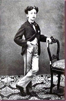 d'Annunzio at 10 years